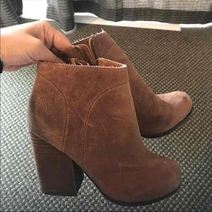 Jeffrey Cambell Booties Brown Size 6